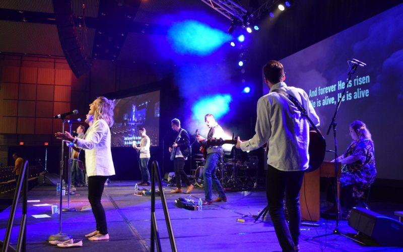 live-harvest-bible-chapel-01